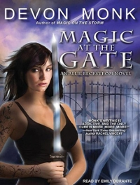 Magic at the Gate 0 9781452653013 1452653011