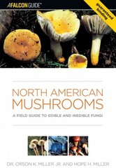North American Mushrooms 1st Edition 9780762731091 0762731095
