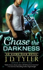 Chase the Darkness 7th Edition 9780451466921 0451466926