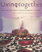 Living Together 0 9781584792239 158479223X